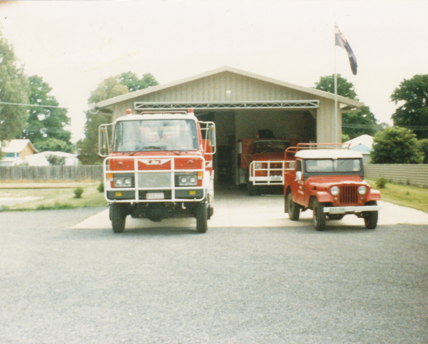 newstead-hino-willys-jeep-1982